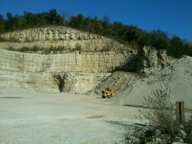 Sand Dig.jpg